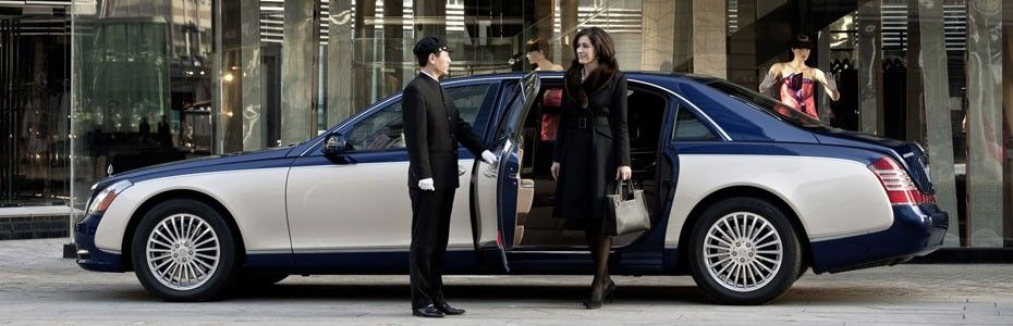 Limousine and Private Car Service in Stratford CT