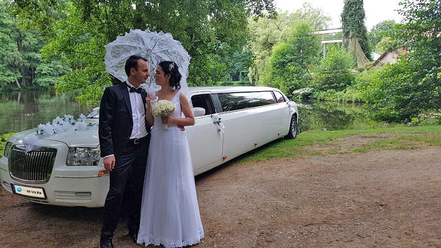 Wedding Transportation in Sherman